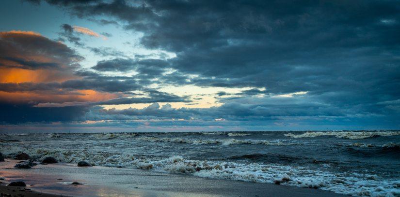 beach-clouds-dawn-1186704.jpg